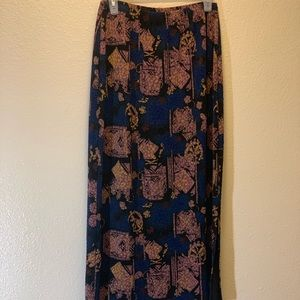 West End- Maxi Skirt